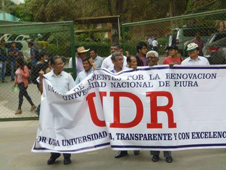 Julio y docentes anticorrupción